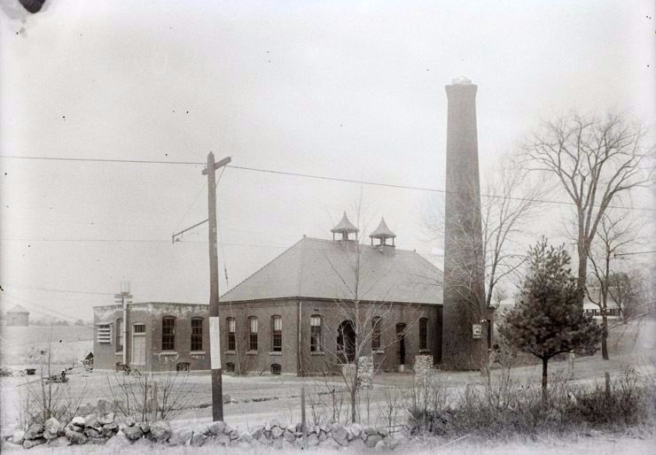 Ipswich Power Plant in circa 1900